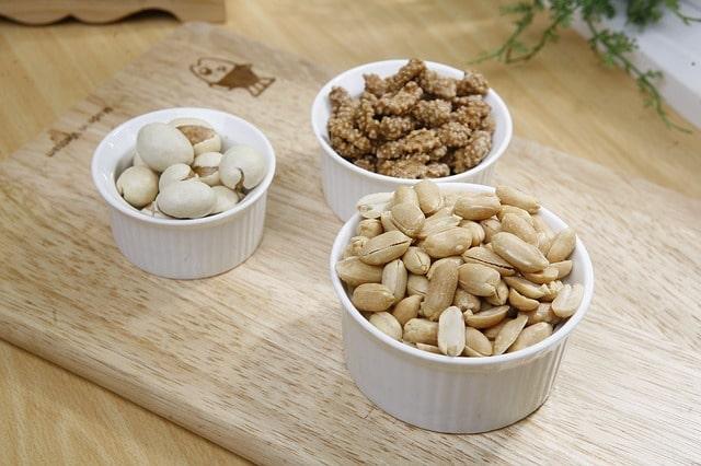 peanut almonds